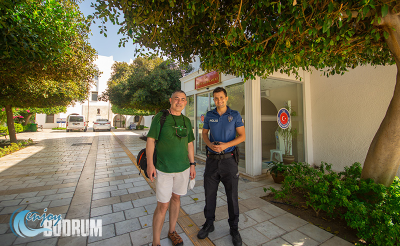 A policeman in Bodrum with his summer uniform